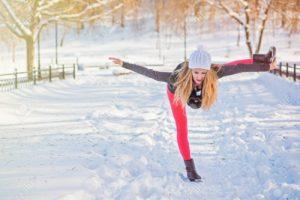 йога поза зима йога глоу